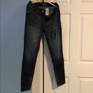 Torrid Bombshell Skinny Jeans 10 Reg NWT